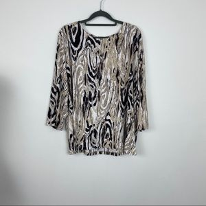 JM, blouse with 3/4 sleeves.